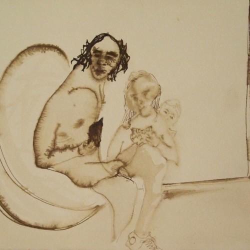 El artista con sus hijas Laura y Violeta. Piedralaves, 1985